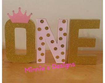 Princess 1st birthday,Princess birthday dress,Princess tutu,Princess table letters,Princess photo shoot,Princess invites,Princess gold party