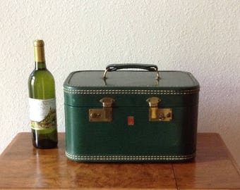 Vintage Green Travel Make-up Case with Key, Small Suite Case, Art Box, Storage Box