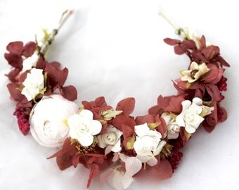White,ivory,red,winr,roses,hydrangea,flower,crown,boho,halo,hair dress, wedding,natural,boho,wild,frida