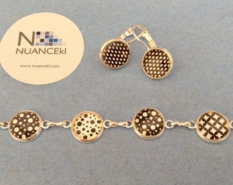 Bracelet and earring/ BLACK and WHITE BUBBLES