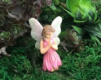 Miniature Kneeling, Praying Fairy