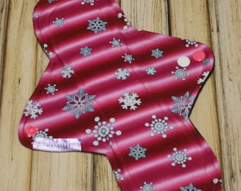 "11"" moderate cloth pad/ incontinence pad/ mama cloth/ snowflakes / Made by Mother"