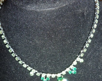 Vintage really Sparkly  necklace with green faux diamonds