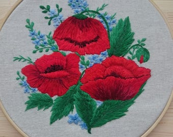 Embroidery Hoop Art Poppy / Hand Embroidered Poppies / Rustic Wall Floral Decor  / Vintage Style Embroidered Flowers / Red Flowers on Linen