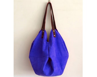 blue leather purse, handicraft made in Italy, gift ideas for her, accessories and handmade handbags, limited edition BBagdesign.