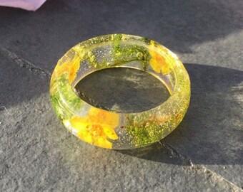 Resin ring-Flower ring-gift for her-girlfriend gift-terrarium ring-resin rings-botanical ring-flower jewellery-real flower ring