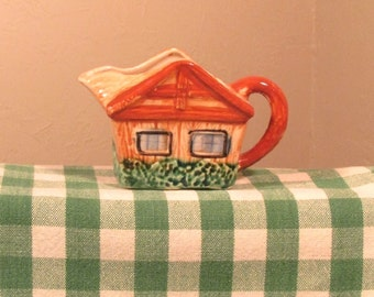 Cottageware Creamer, Vintage Cottage Ware Pottery, Vintage Wales China Creamer, Cottage Creamer Made in Japan, Hand Painted Pottery Creamer