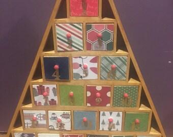 Deco Mod-Podged Christmas Advent Calendar