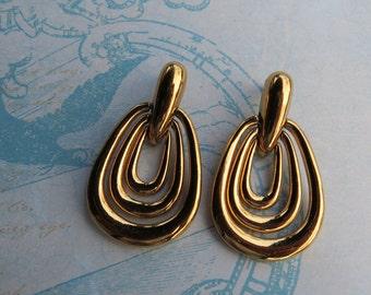 Vendom Modernist Door Knocker Earrings 1980 Pierced Earrings