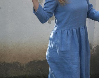 Linen dress with sleeves. Washed and soft linen dress.