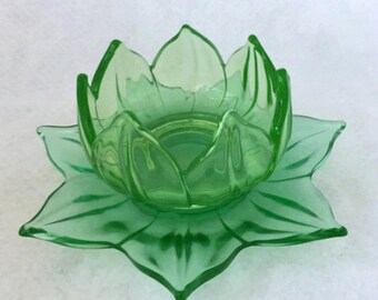 vintage uranium/vaseline glass lotus dessert dishes - set of 5