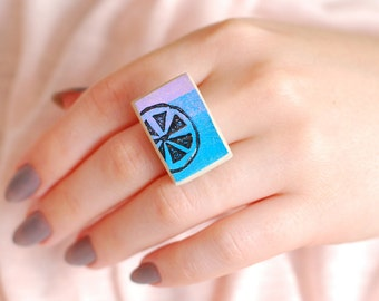 Melon | Cabochon ring | Women's ring | Adjustable ring | Clay jewelry | Funky jewelry | Ceramic jewelry