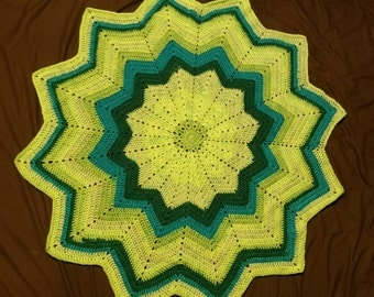 Star shaped baby blanket.