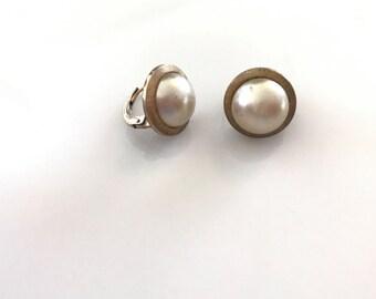 Vintage Pearly Earrings Dangle Drops