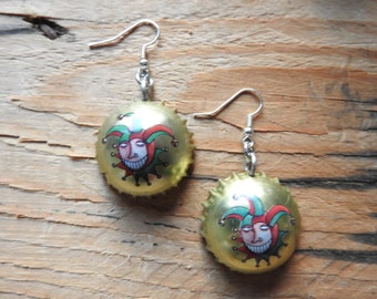 Brugse Zot Belgium beer bottle cap earrings - recycle - bier - fool - harlequinade - jester