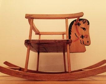 Vintage rocking chair. Rocking horse chair. Rocking childs chair. 50's childrens chair. Vintage kinder schommelstoel.