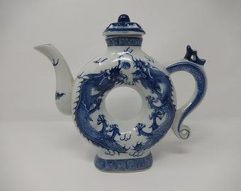Old dragon teapot, free delivery