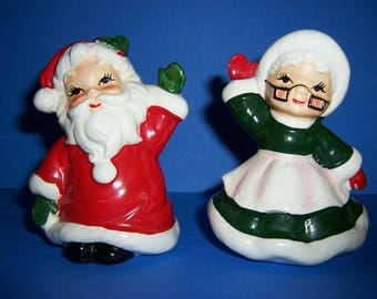 Vintage Josef Santa and Mrs. Claus Salt and Pepper Shakers, Vintage Christmas Shaker Set, 1950's, 1960's