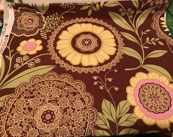 "Amy Butler Lotus Lacework in brown (Damask Rose color way), 54""x32"""