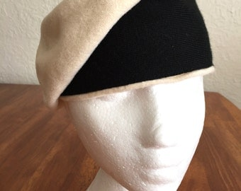 Cream Wool Annie Hall Style beret with Black Band.  Size M