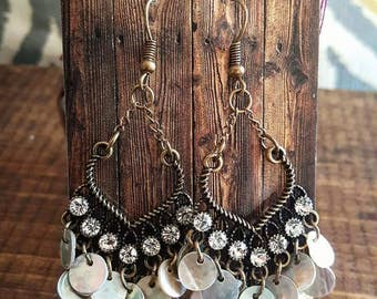 Dangle Shell Rhinestone Earrings