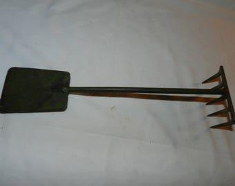 Rustic garden shovel etsy for Hand held garden shovel