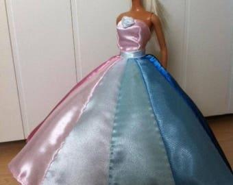 Turnable barbie dress