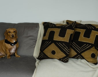 SALE ! Mudcloth fabric cushion cover