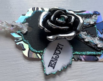 Dimensional rose gift tags-set of two