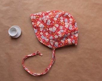 Girls Reversible Floral Sunbonnet, 0-4 years, vintage style girls sun bonnet, newborn to 4 years sizing, red and blue floral and spot bonnet