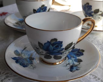 Beautiful blue rose royal imperial dainty creamer / sugar bowl / and four demitasse cups and saucers