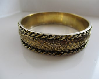 Gold Tone, BANGLE / Bracelet with Flowers, Leaves and Rope Twist Decoration, Bangle, Bracelet