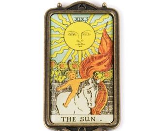 Tarot Card Pendant - The Sun (STEAM214)