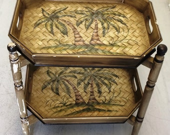Vintage Double Tray Table... Both tray can be removed...