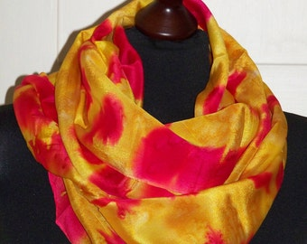 """Silkscarf """"Fireballs on Gold"""", Silk, scarf, unique, handpainted, one of a kind, wearable art, Silkpainting, long scarf, Crêpe de Chine"""