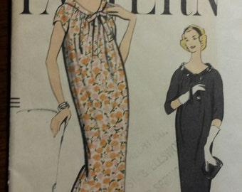 1958 UNCUT Vintage Vogue Maternity Dress Pattern, sz 12
