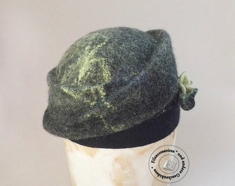 "Cloche Hat hand felted ""GrünSchein"" design winter accessories gift idea's elegant Fedora women black green"