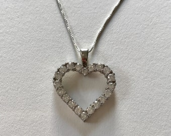 Vintage Heart Shaped Cubic Zirconia 925 Sterling Silver Pendant Necklace