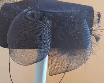 1960s pillar box hat Very Jackie Kennedy