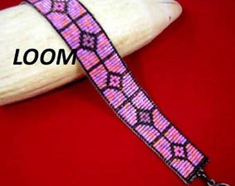 Beadbrickie VALENTINE CROSSHAIRS Loom or Square Stitch Bracelet Pattern