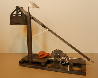 Leonardo da Vinci Wooden Trebuchet Completed Model