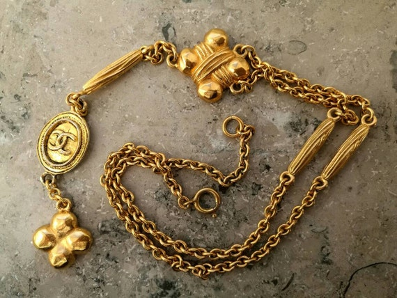 Vintage gold plated chain necklace, pendant necklace with designer connector