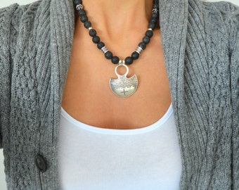 Ethiopian TUAREG SHIELD Black lava beaded necklace, African Ethiopian Necklace, Bohemian Gypsy Tribal Ethnic Jewelry, Free People Jewellery