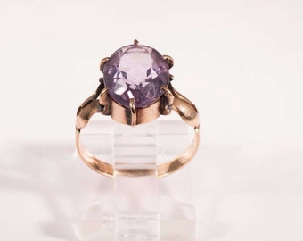 Vintage Victorian era Gold and Amethyst Ring, size 4.75