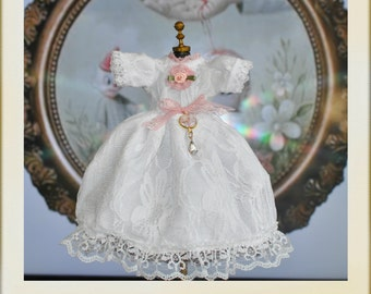 Blythe Victorian Style Lace Dress Mark Ryden Inspiratiom