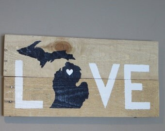 "Michigan Love Pallet Wood Sign - Pallet Sign 10"" X 20"""