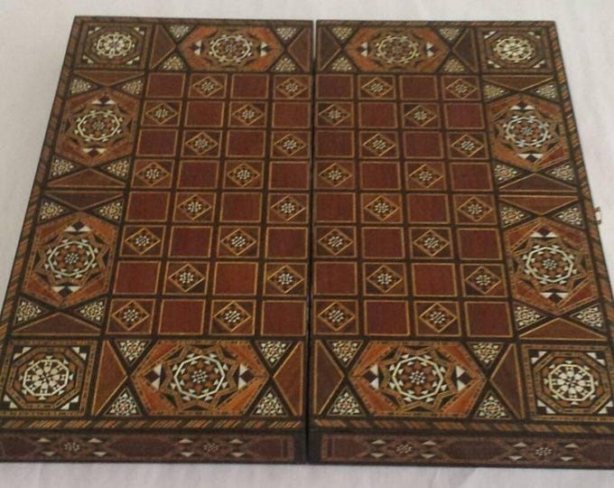 Chess Board, Backgammon, Backgammon Board, Wooden chess board, Carved Backgammon, Syrian artisan mosaic backgammon, Marquetry chess board