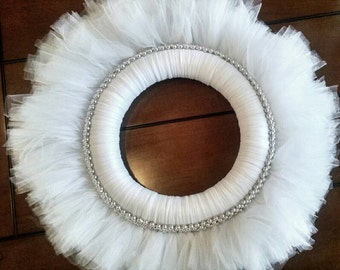 White Winter Christmas Wreath