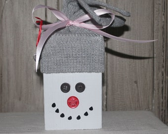 Wooden Snowman - Gray Knit Hat with Pink Satin Ribbon