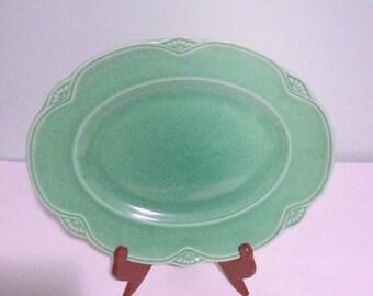 Homer Lauglin 1936 oval serving platter, vintage green serving dish, HL K N36 8 made in USA